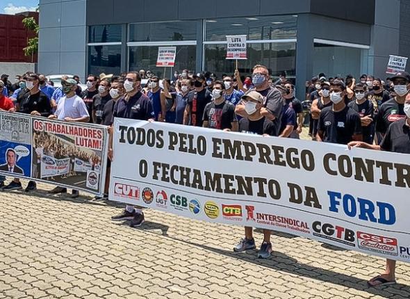 Sindicato dos Jornalistas presta solidariedade aos trabalhadores demitidos da Ford