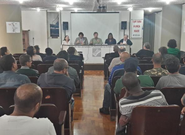 Demitidos decidem aumentar pressão pública sobre Abril