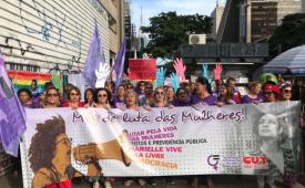 80 mil mulheres marcham contra Previdência de Bolsonaro em SP