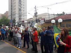 Apitaço dos demitidos e freelancers dispensados pela Abril. Fotos: Flaviana Serafim/SJSP