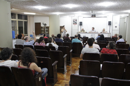 Assembleia dos jornalistas no auditório Vladimir Herzog. Foto: Alan Rodrigues/SJSP.