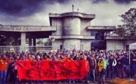 De cabeça erguida, petroleiros suspendem greve momentaneamente
