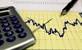 Inflação em SP cai em 2017, mas poder de compra diminui, aponta Dieese