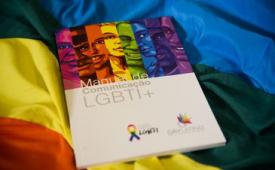 Manual orienta jornalistas sobre como tratar temas da população LGBTI