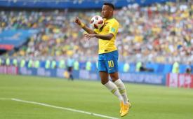 Sindicato dos Jornalistas altera expediente para jogos da Copa e no feriado