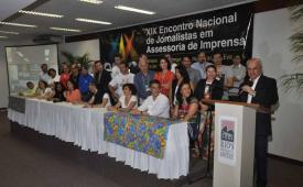 XIX ENJAI: Jornalistas aprovam carta do Rio  e nova diretoria toma posse